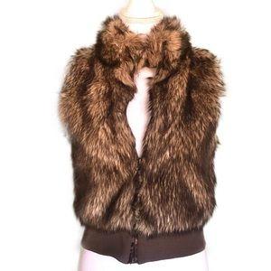 H&M Fur Zip Cropped Vest